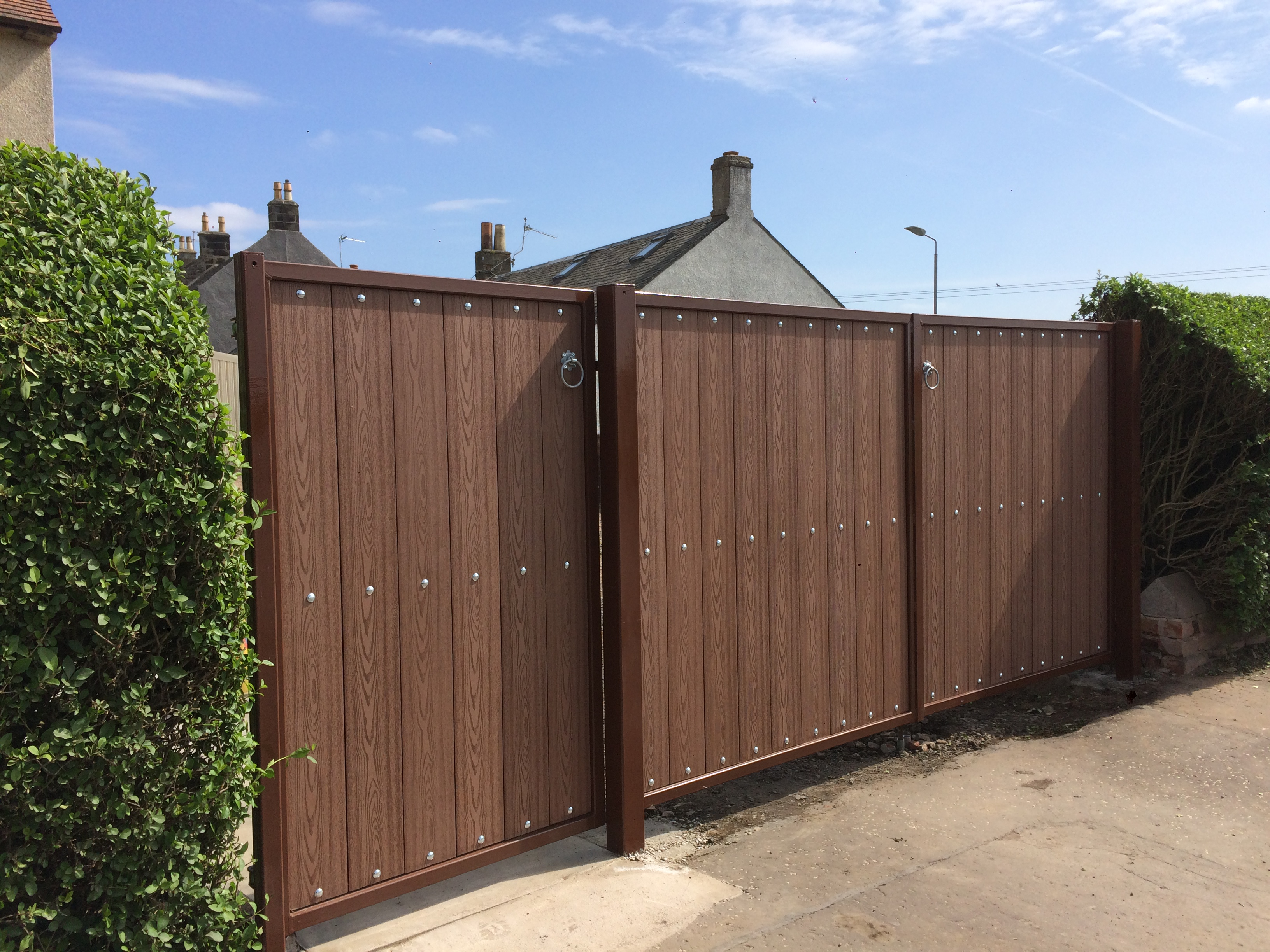 Composite driveway gates by Dain Art Iron in Dalry