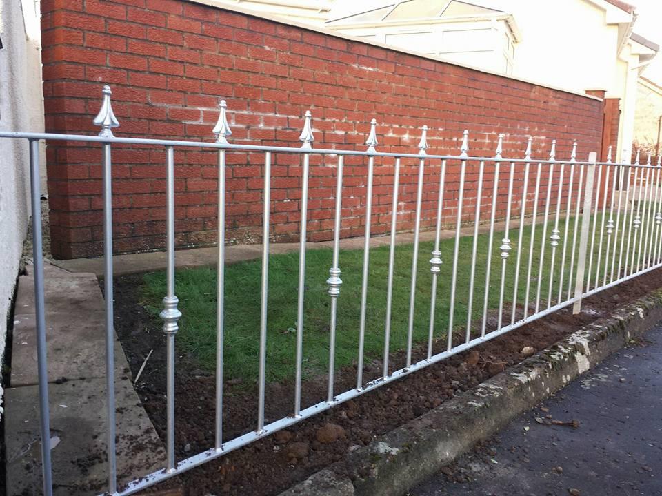 Galvanized metal fence installed in Kilmarnock by Dain Art Iron