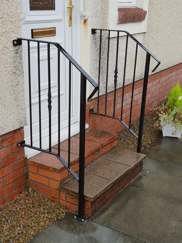 Modern metal handrail installed in Irvine by Dain Art Iron