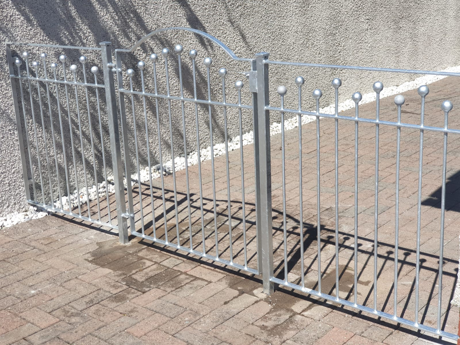 Low maintenance galvanized metal gate and fence by Dain Art Iron in Ayrshire, Scotland