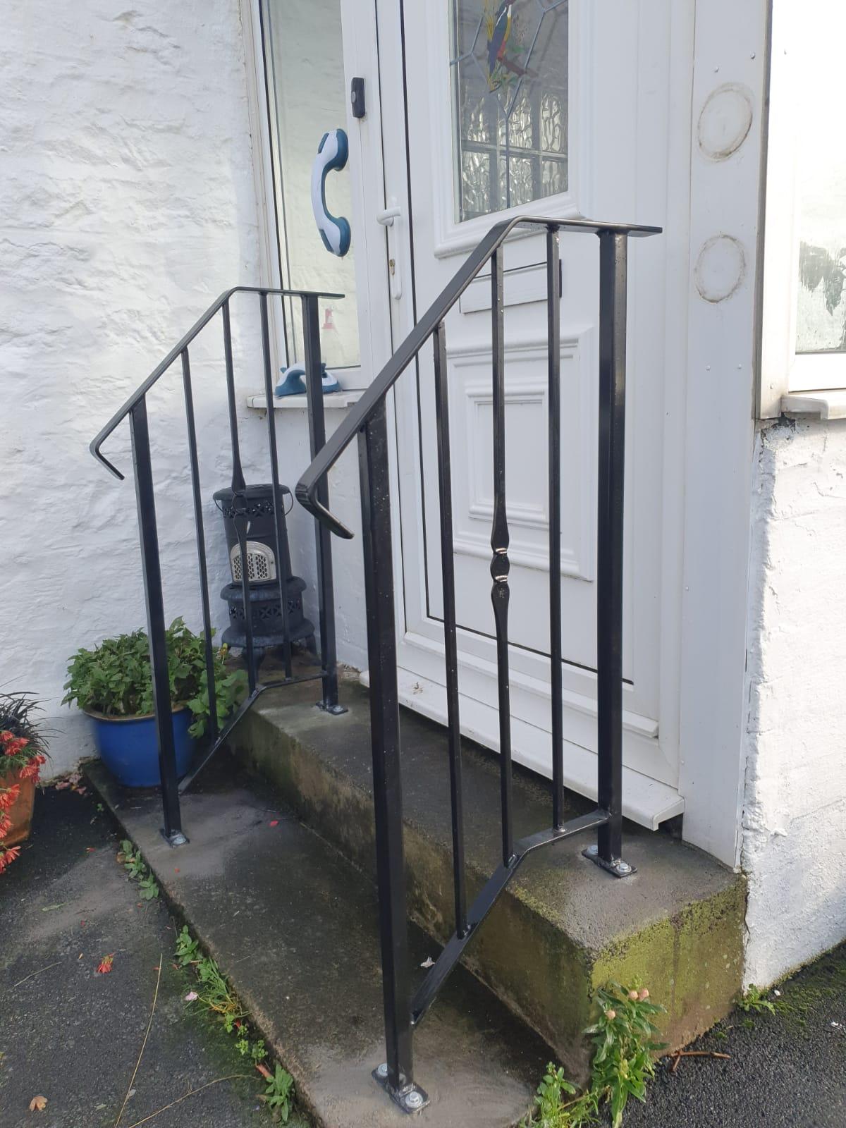 Custom made decorative metal handrails by Dain Art Iron, Ayrshire Scotland