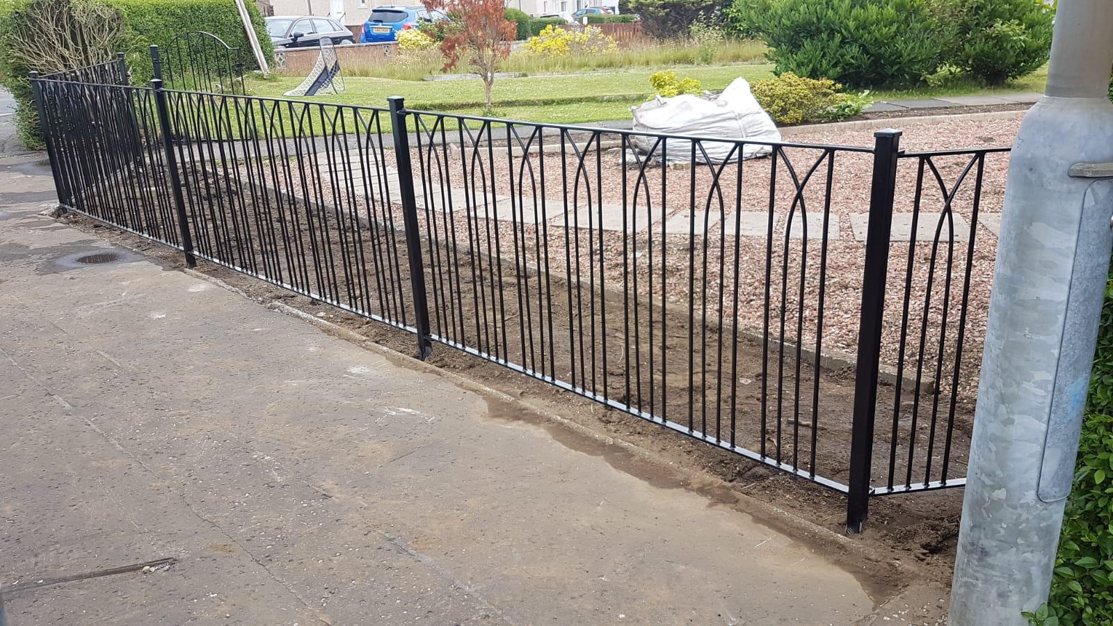 custom metal fencing by Dain Art Iron, Ayrshire Scotland.