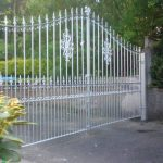 These stylish double metal driveway gates have enough height to really give a property some privacy and are low maintenance and long lasting due to the galvanising process applied. Fitted and supplied in Ayrshire.